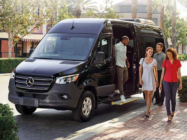 Corporate Vehicle Services Byron Bay